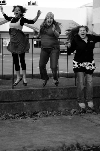 Jumping_girl